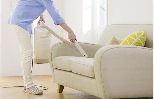 お部屋のちょっとしたホコリや汚れはノズルでおそうじ!掃除機を出す手間が省けます